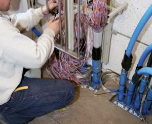 איטום MCT כניסת כבלים קואקסלים וסיבים אופטים